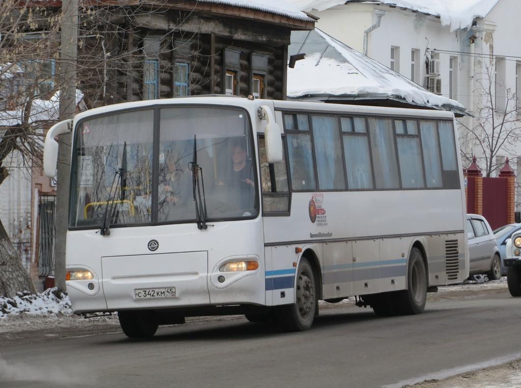Шадринск. КАвЗ-4238-02 с342км