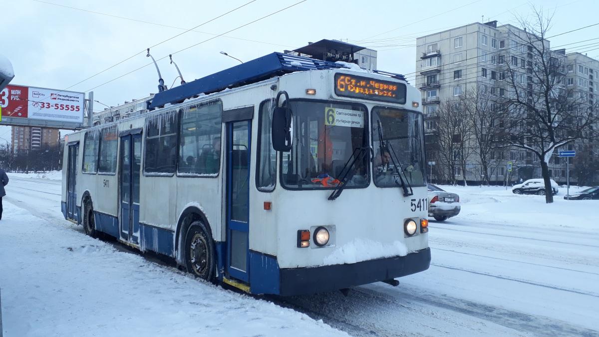 Санкт-Петербург. ЗиУ-682В00 №5411