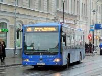 Москва. Mercedes-Benz O345 Conecto LF а642не