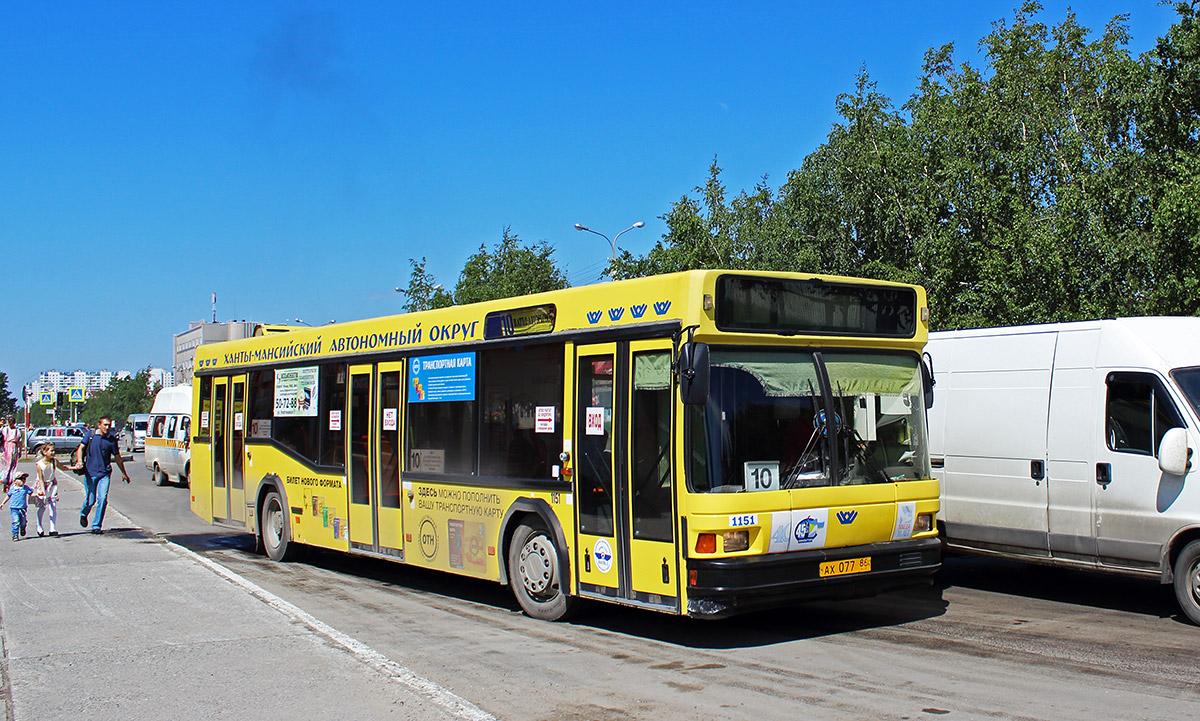 Нижневартовск. МАЗ-103.075 ах077