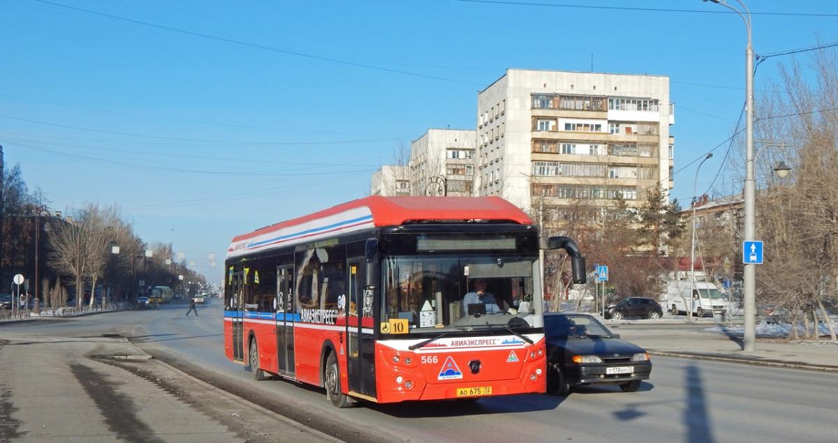 Тюмень. ЛиАЗ-6274 ао675