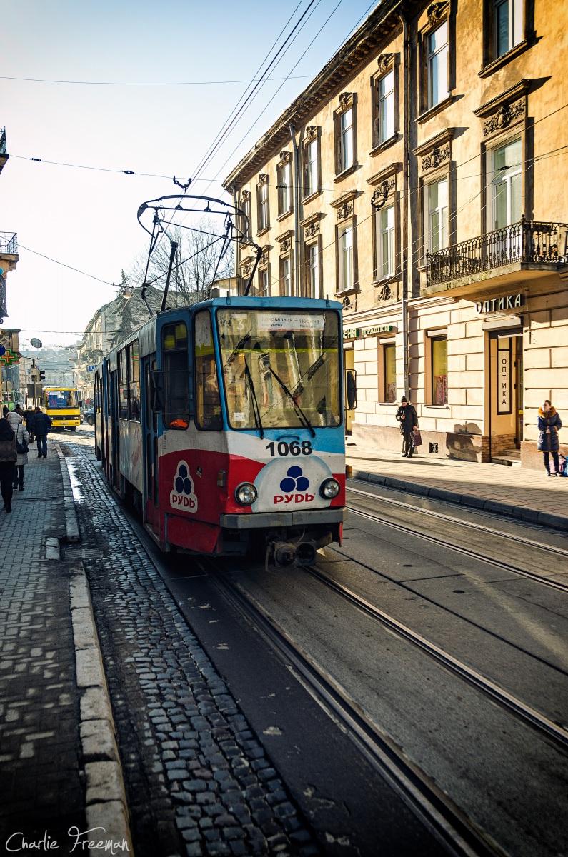Львов. Tatra KT4SU №1068