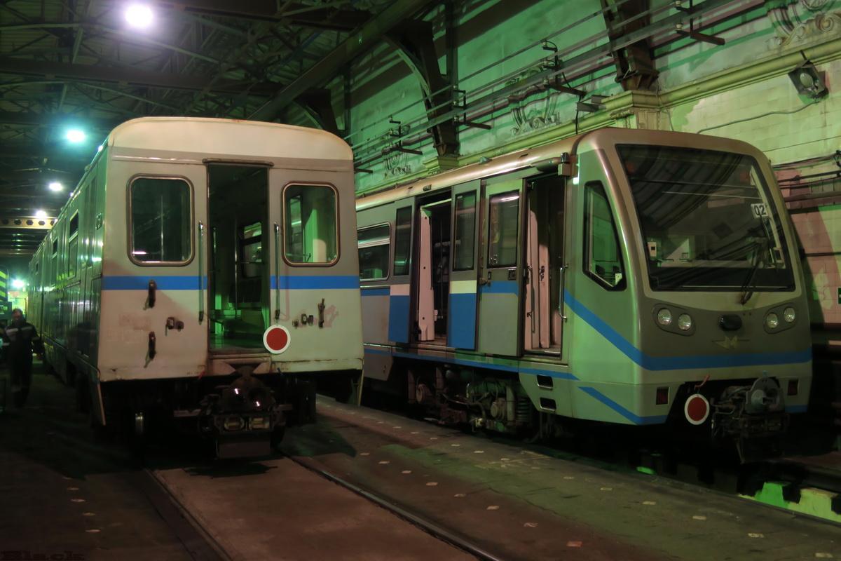Москва. Вагоны электропоездов 81-740