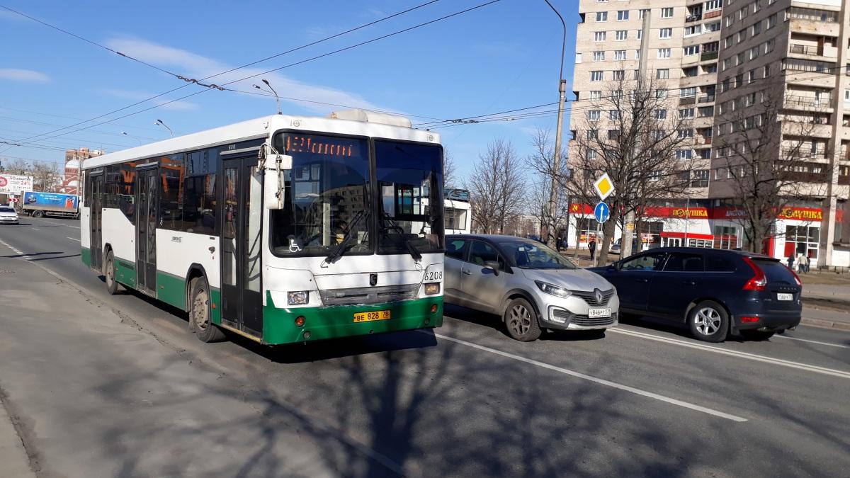 Санкт-Петербург. НефАЗ-5299-30-32 (5299CN) ве828