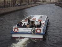 Санкт-Петербург. Пассежирский теплоход Альдемарин (проект 2105) № С3-18-26