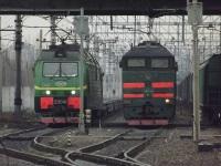 Санкт-Петербург. 2ЭС4К-040, 2ТЭ116-1081