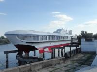 Пинск. Теплоход на подводных крыльях Ракета проекта 340, служащий в качестве кафе Бригантина