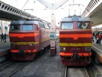 Санкт-Петербург. ЧС2т-1053, ЧС2т-989