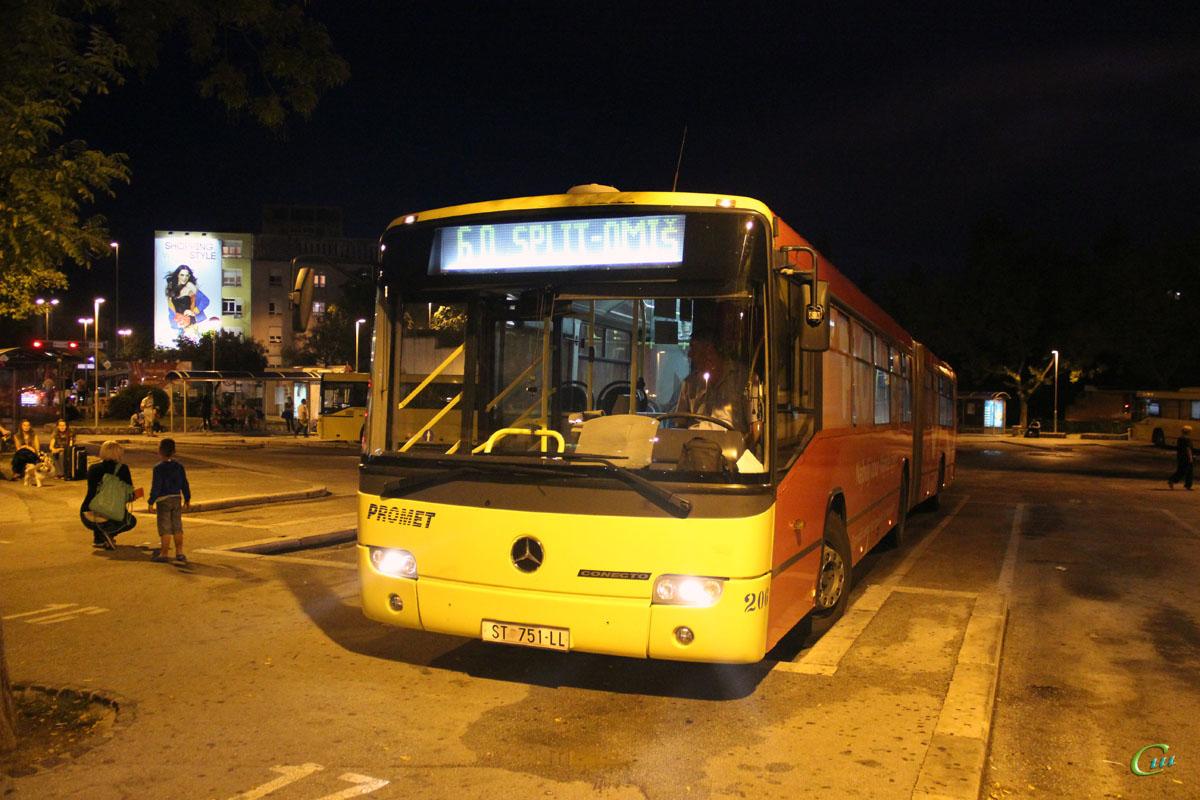 Сплит. Mercedes O345 Conecto G ST 751-LL