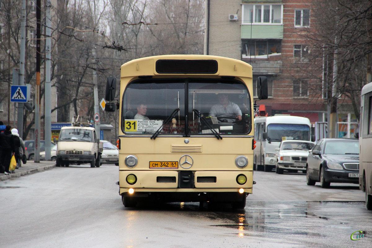 Таганрог. Mercedes-Benz O305 см342