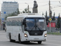 Челябинск. Hyundai Universe Space Luxury р735тк