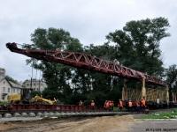 Смоленск. Укладка временных рельсов для постановки в качестве памятника паровоза Л-3127