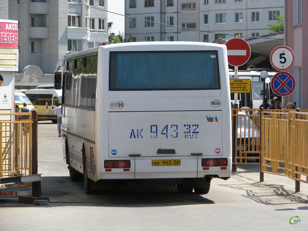 Брянск. КАвЗ-4238 ак943