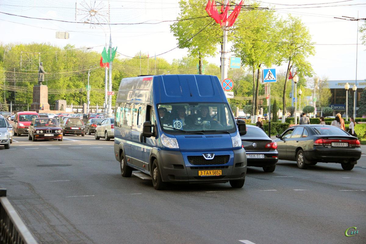 Гомель. Peugeot Boxer 3TAX5652