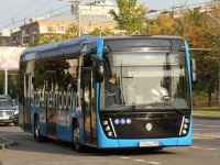 Москва. КамАЗ-6282 о254кс