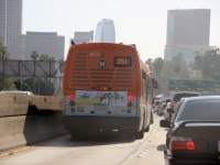 Лос-Анджелес. NABI Metro 45C 1391150
