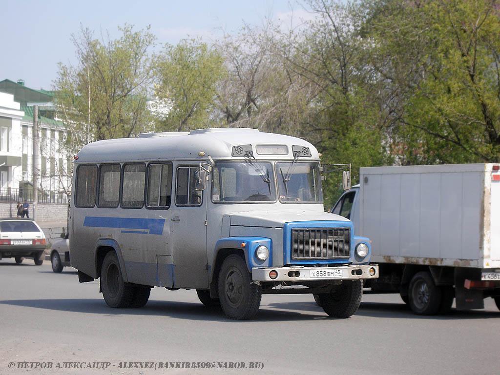 Курган. КАвЗ-3976 х858вм