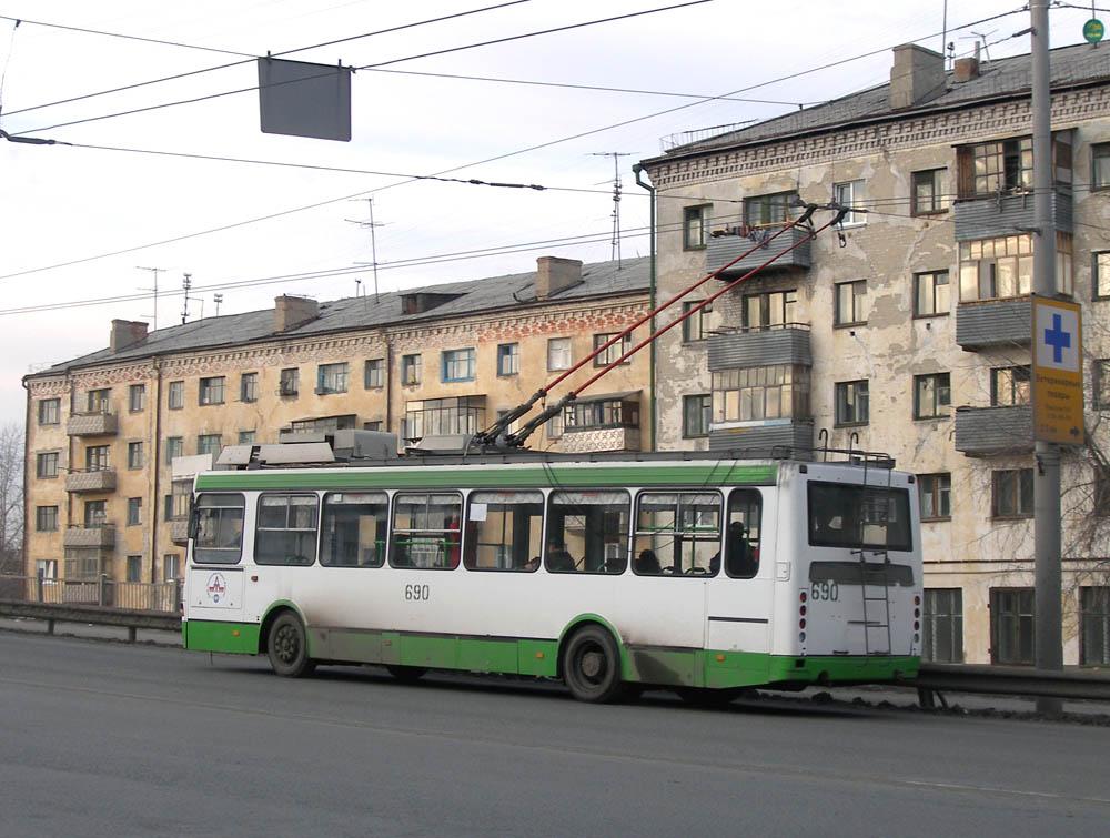 Курган. ВЗТМ-5280 №690