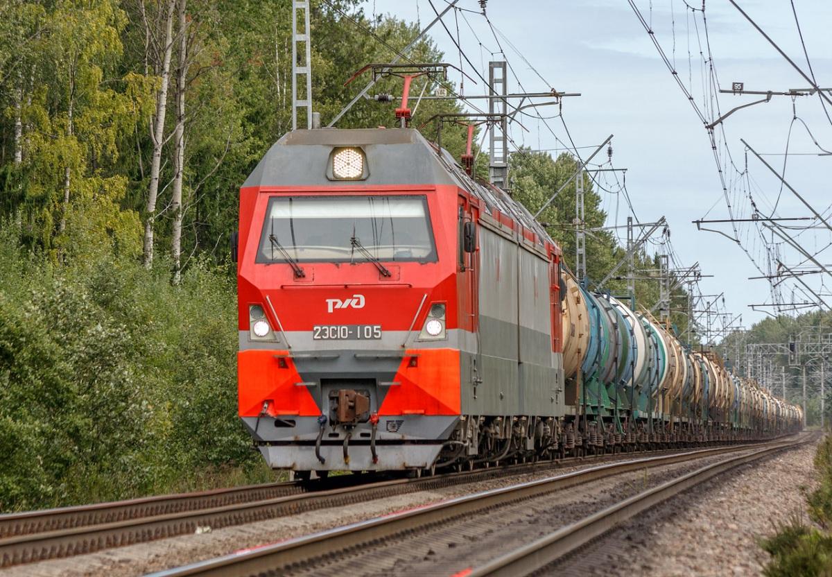 Санкт-Петербург. 2ЭС10-105