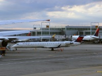 Нью-Йорк. Самолет Bombardier CRJ-900 (N315PQ) авиакомпании Endeavor Air (Delta Connection)