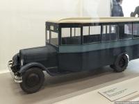 Санкт-Петербург. Модель автобуса ЗиС-8 (1941-1943 гг), изготовлена студентами ЛВХТУ им