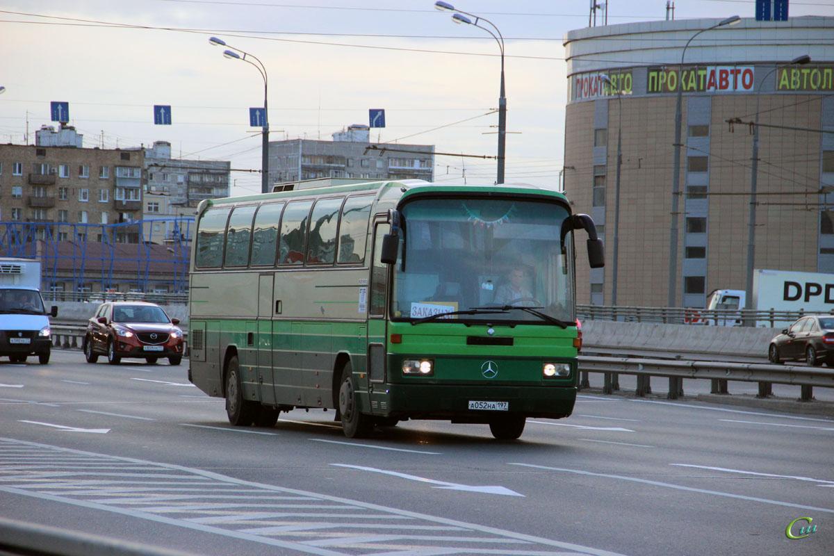Москва. Mercedes-Benz O303 а052на