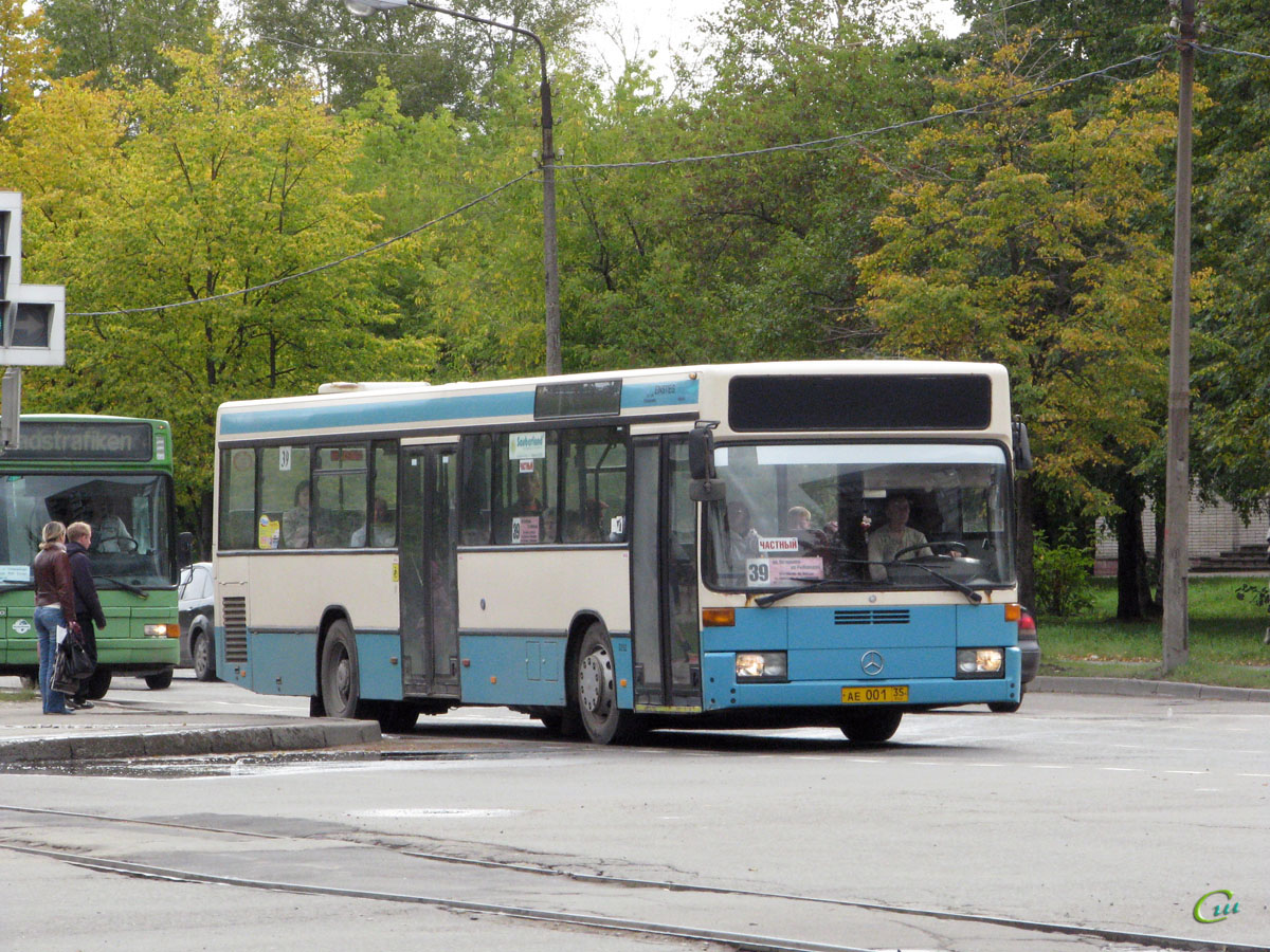 Череповец. Mercedes-Benz O405N ае001