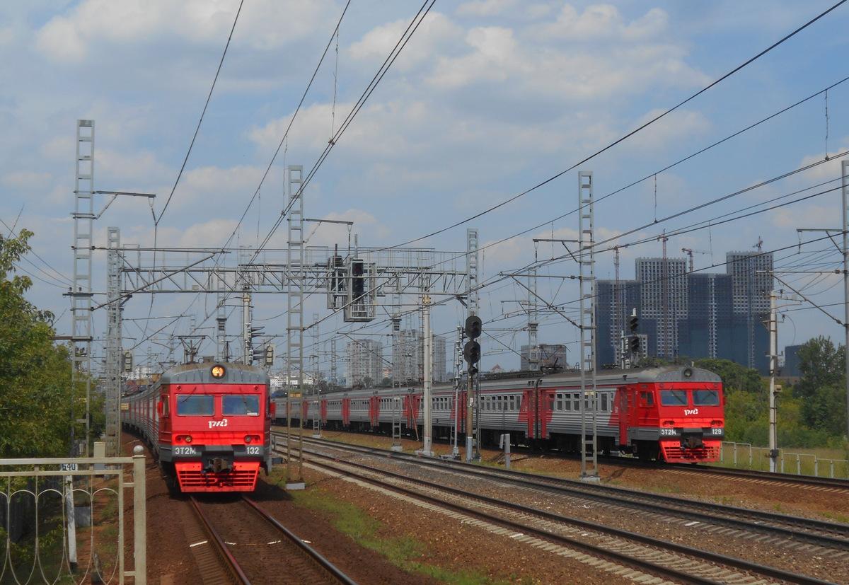 Москва. ЭТ2М-129, ЭТ2М-132