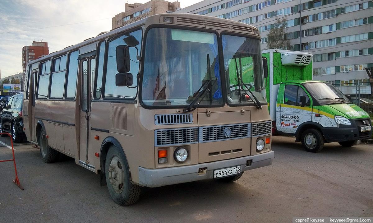 Санкт-Петербург. ПАЗ-4234 у964ха