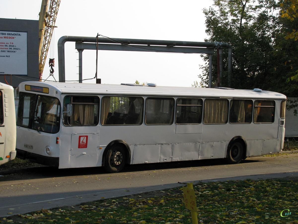 Москва. Mercedes-Benz O307 н461ху