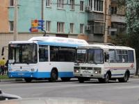 Белгород. ПАЗ-32054 р698еу, НефАЗ-5299-30-31 (5299GN) н424мт