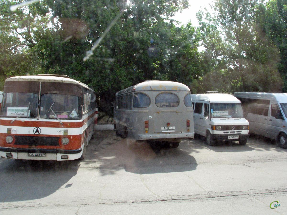Бендеры. ЛАЗ-699Р CS AB 867, ПАЗ-672М T 563 BB, Mercedes-Benz T1 CS AM 660
