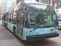 Нью-Йорк. Novabus LFS Artic BA3699