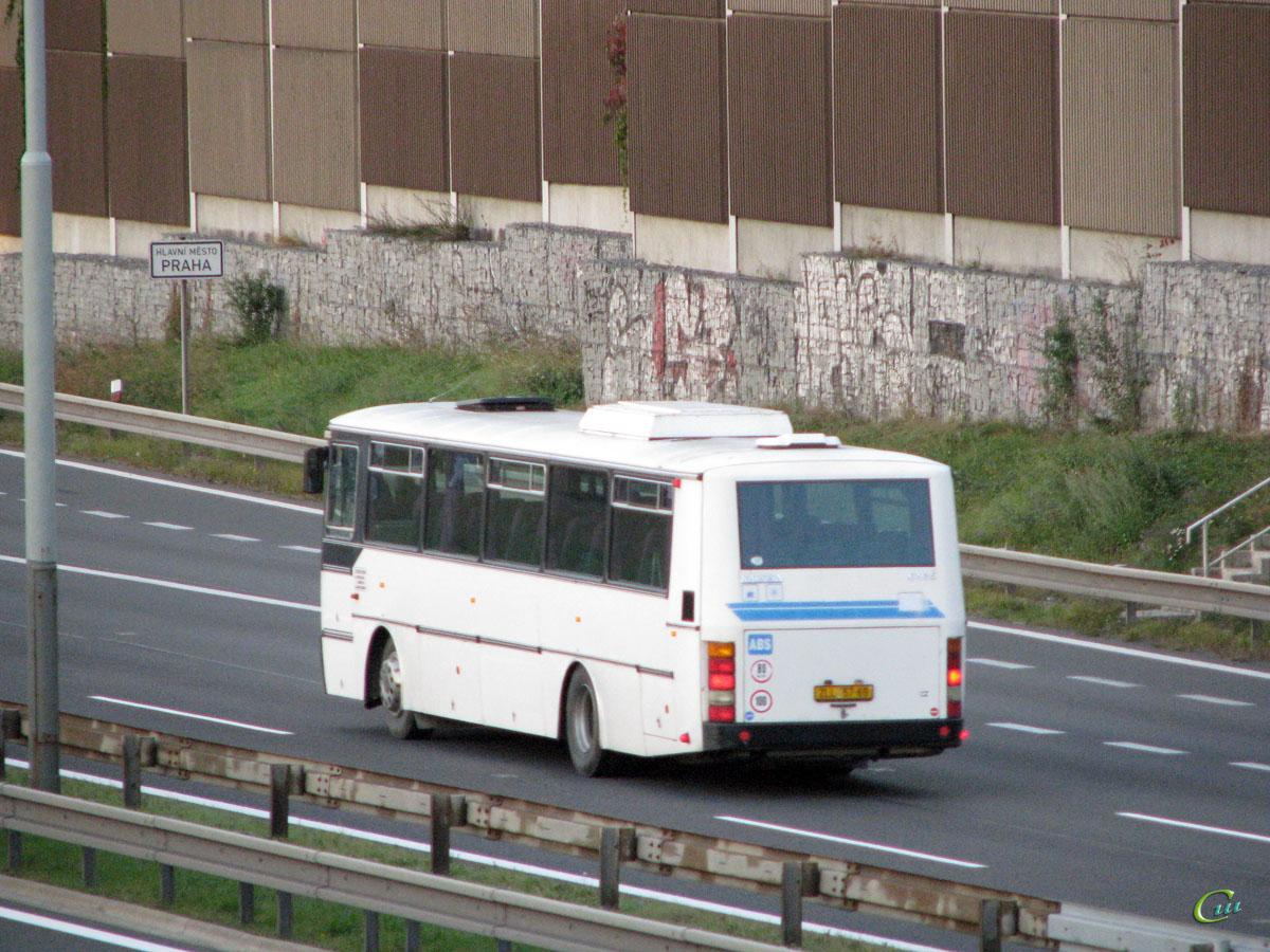 Прага. Karosa C935 ZLL 57-69