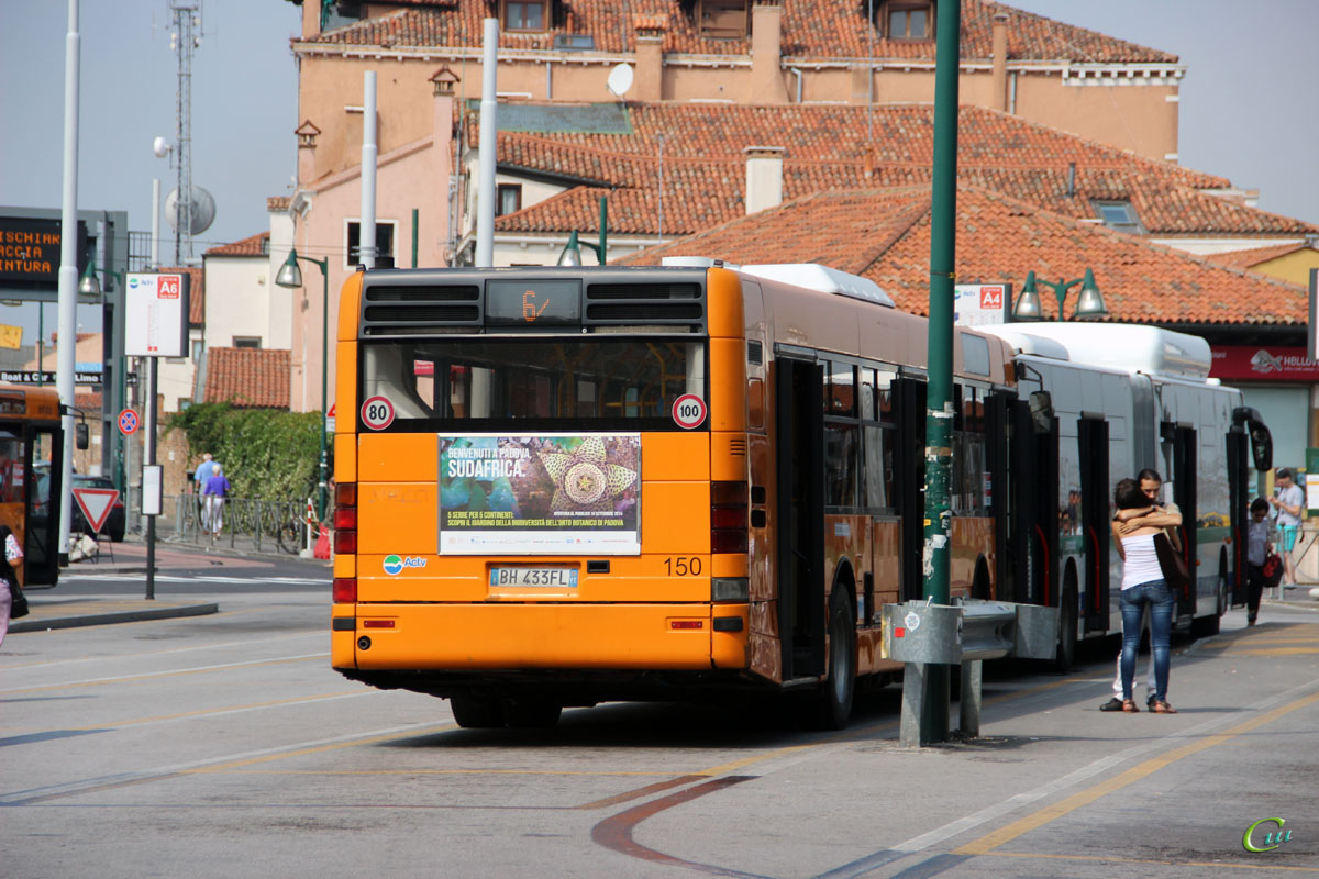 Венеция. Iveco CityClass BH 433FL