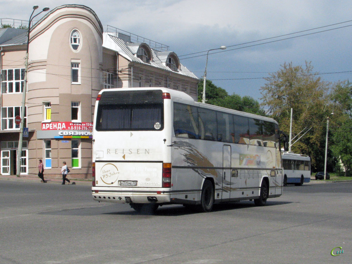 Владимир. Neoplan N316SHD Transliner н370ме