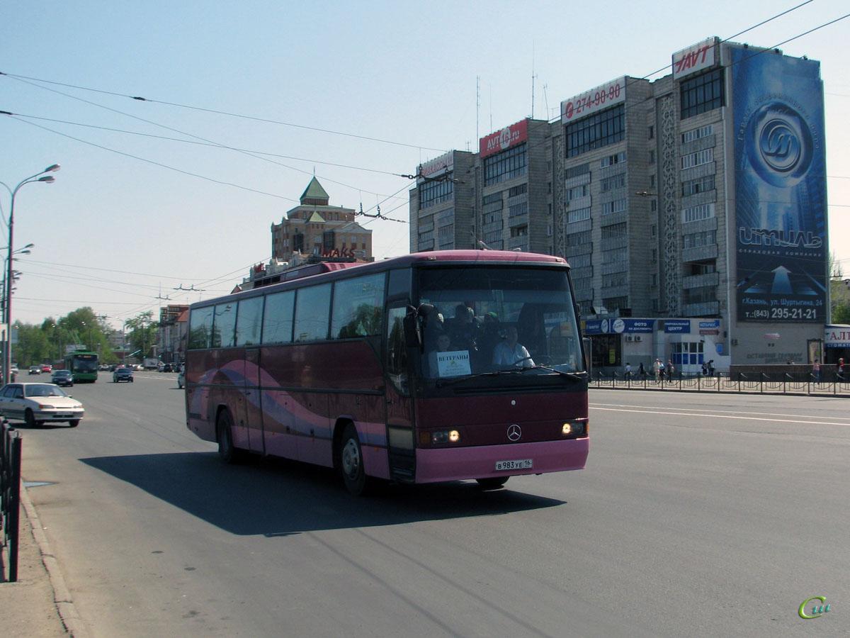 Казань. Mercedes-Benz O340 в983уе
