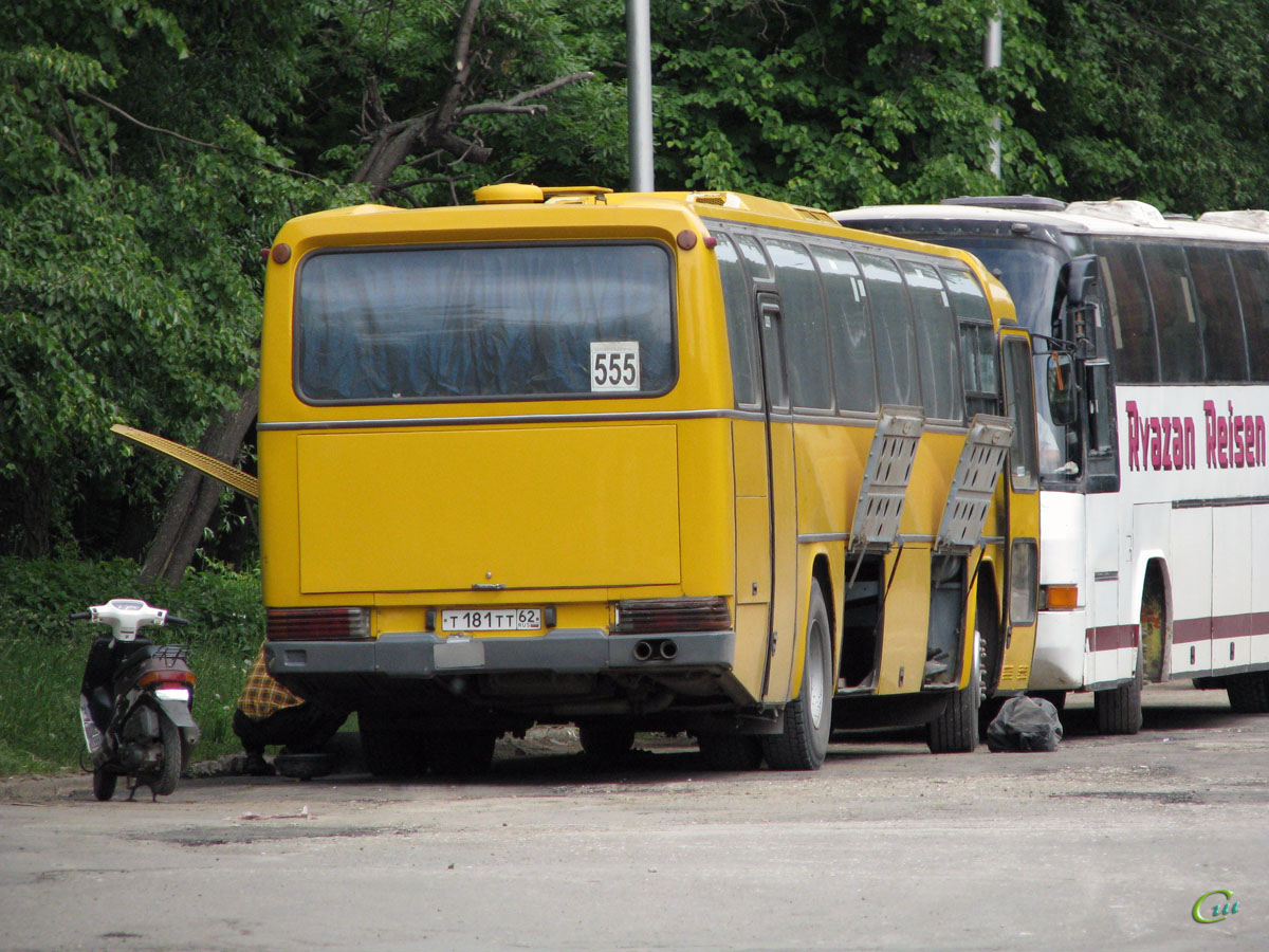 Рязань. Mercedes-Benz O303 т181тт