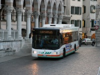 Удине. BredaMenarinibus Avancity LU CNG CR 910TB