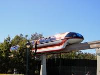 Анахайм. Оранжевый поезд Mark VII монорельсовой железной дороги