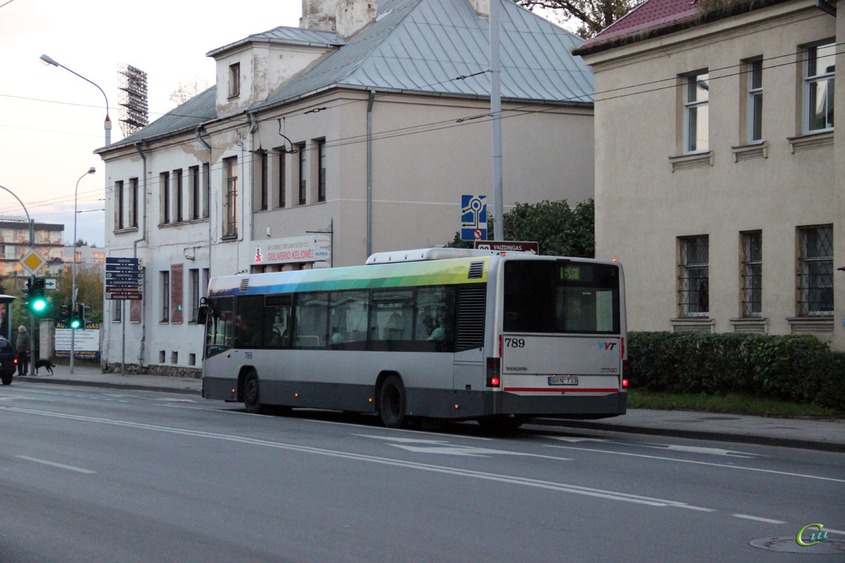 Вильнюс. Volvo 7700 BRN 733