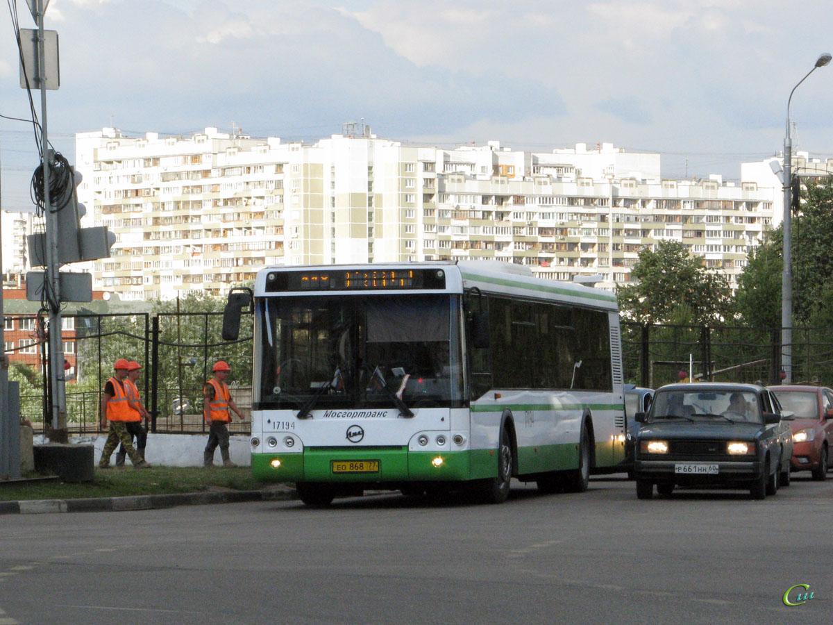 Москва. ЛиАЗ-5292.21 ео868