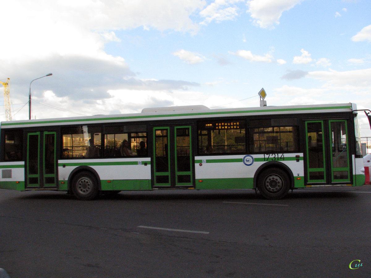 Москва. ЛиАЗ-5292.21 ео671