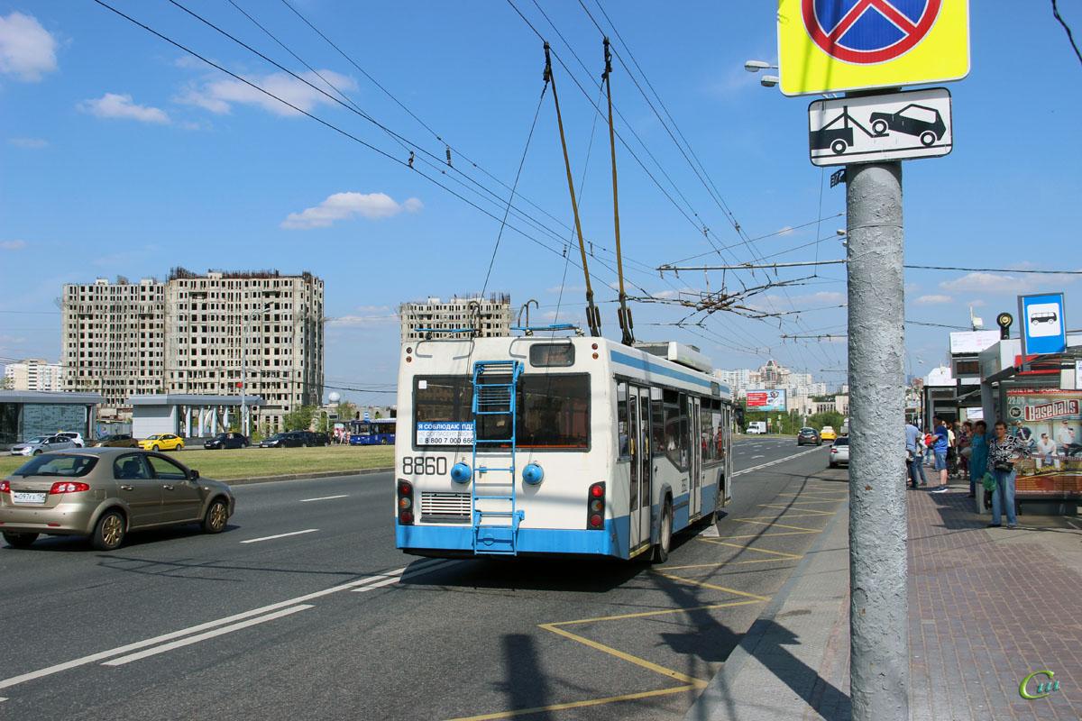 Москва. СВАРЗ-МАЗ-6235.00 №8860