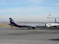 Москва. Самолет Airbus A321 (VQ-BHK) Мстислав Келдыш авиакомпании Аэрофлот (Aeroflot)