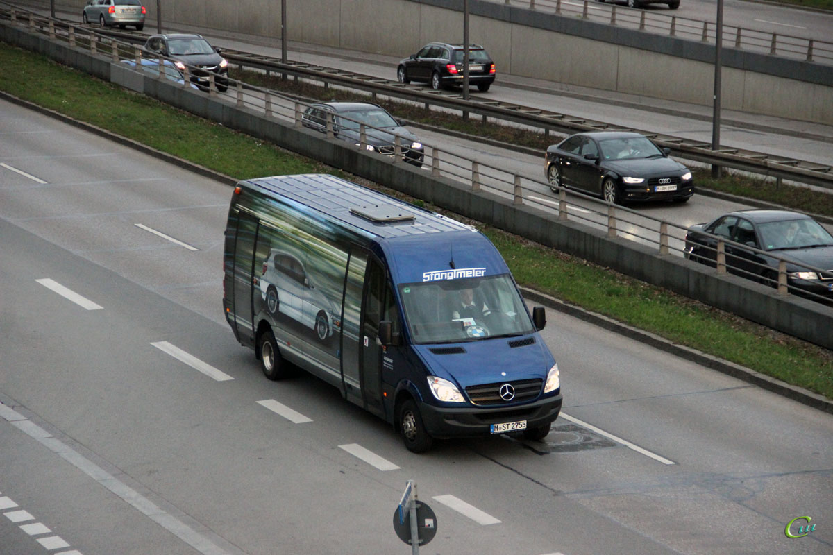 Мюнхен. Mercedes-Benz Sprinter M-ST 2755