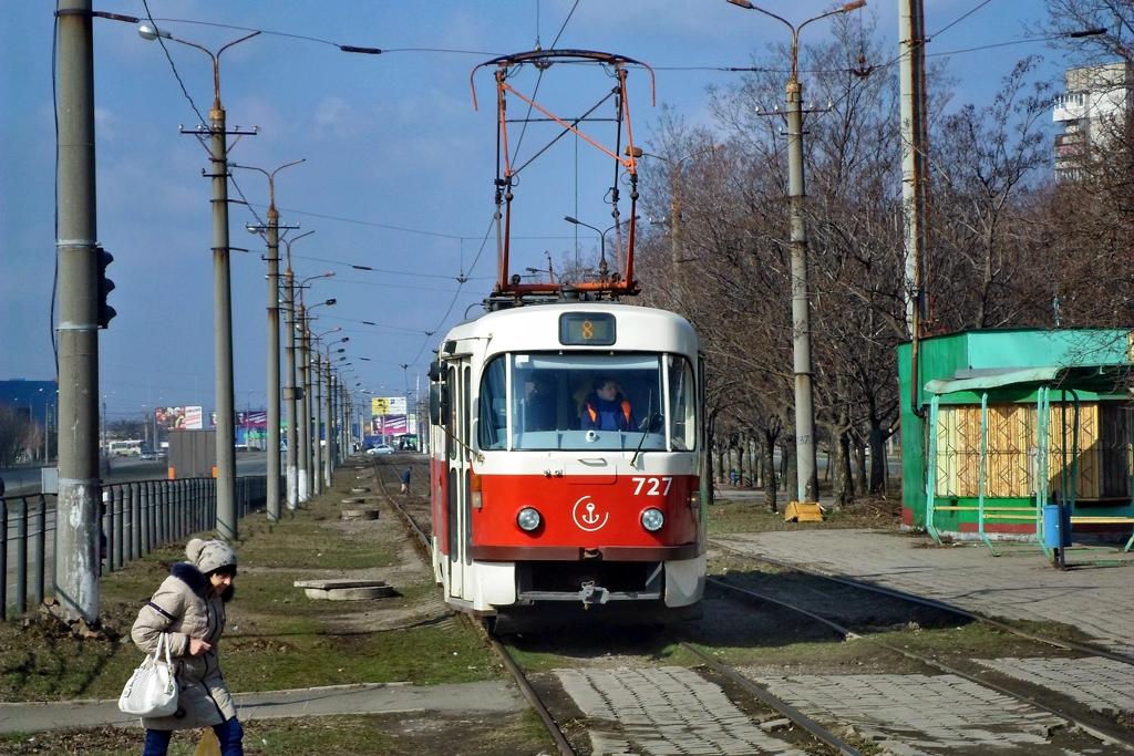Мариуполь. Tatra T3A №727