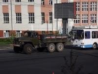 Омск. Бортовой грузовой автомобиль-тягач технической помощи Урал-375Д (к401вх 55, 1980 г