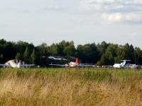 Воротынск. Самолёты Douglas DC3C-S4C4G N 12BA, ИЛ-14 и ЯК-40 RA-87500 на территории аэродрома