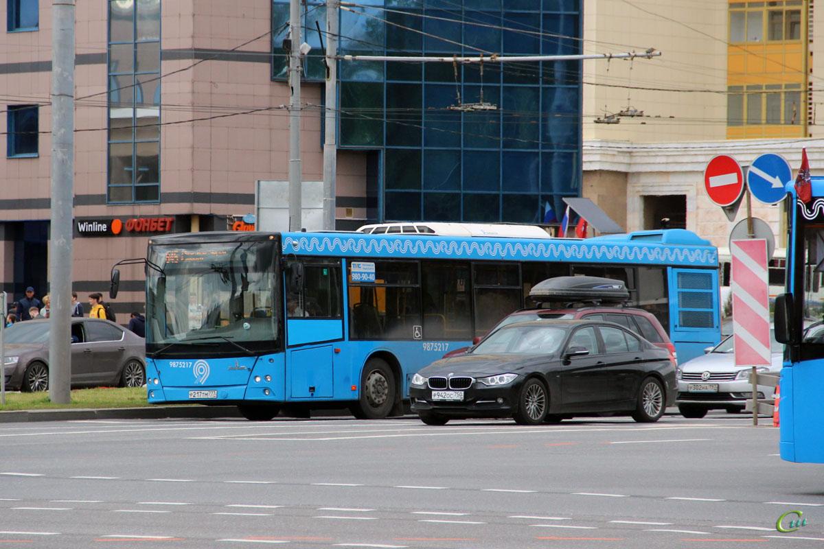Москва. МАЗ-203.069 р217тм